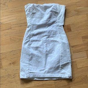 H&M / White Lace Strapless Dress